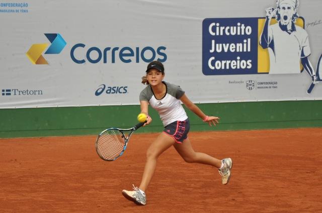 Maria Fernanda Menezes (categoria 14 anos) Crédito: Rubens Lisboa