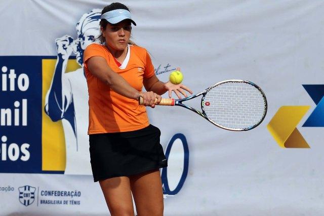 Isabella Camargo venceu em três sets Crédito: Cristiano Andujar